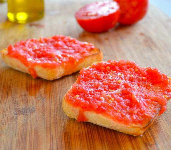 two sliced of pan con tomate