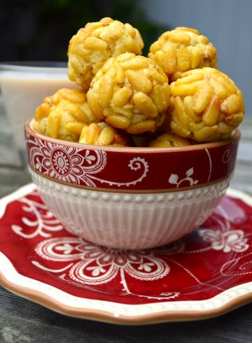 Panellets – Pignoli Cookies – A Cookie Treat from Spain