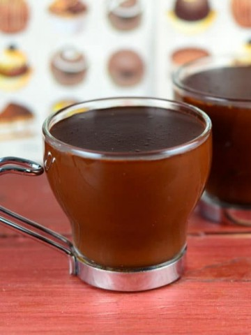2 four ounce mugs of hot chocolate, Barcelona style. Thick , rich and decadent
