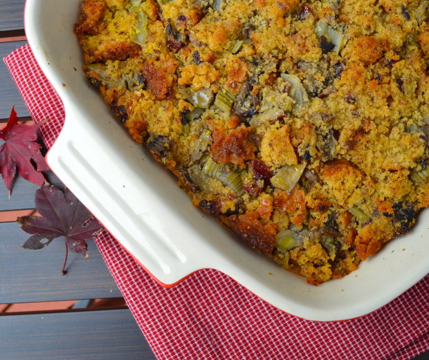 apple, chestnut, stuffing, vegan, kosher, cornbread, vegetarian, thanksgiving,