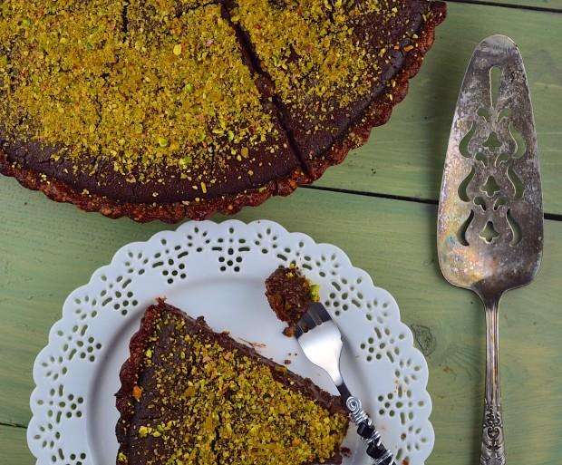Passover Flourless Chocolate Pistachio Tart