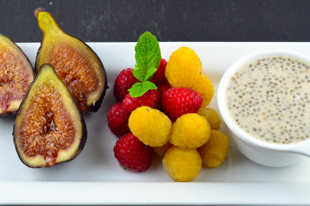 figs and raspberries with cinnamon lemon chia sauce recipe
