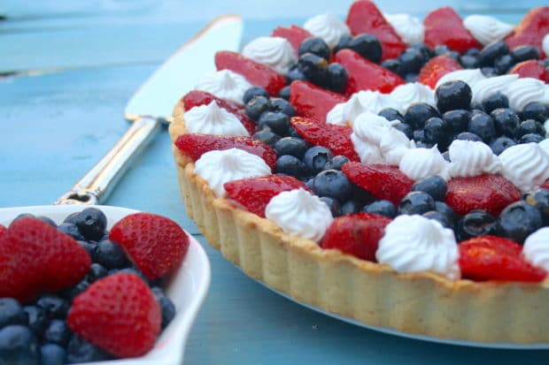 A colorful easy to make fruit tart that will surely impress your guests. They won't believe it's vegan! Perfect for Memorial Day of 4th of July