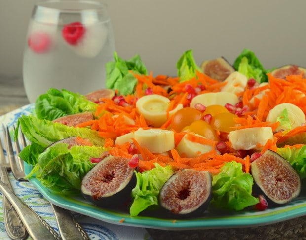 Figs and pomegranate salad