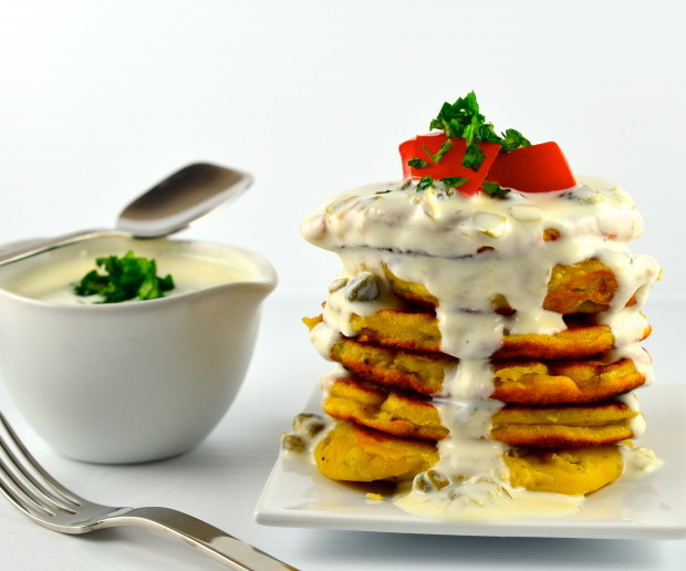 Greek yogurt and chickpea flour pancakes