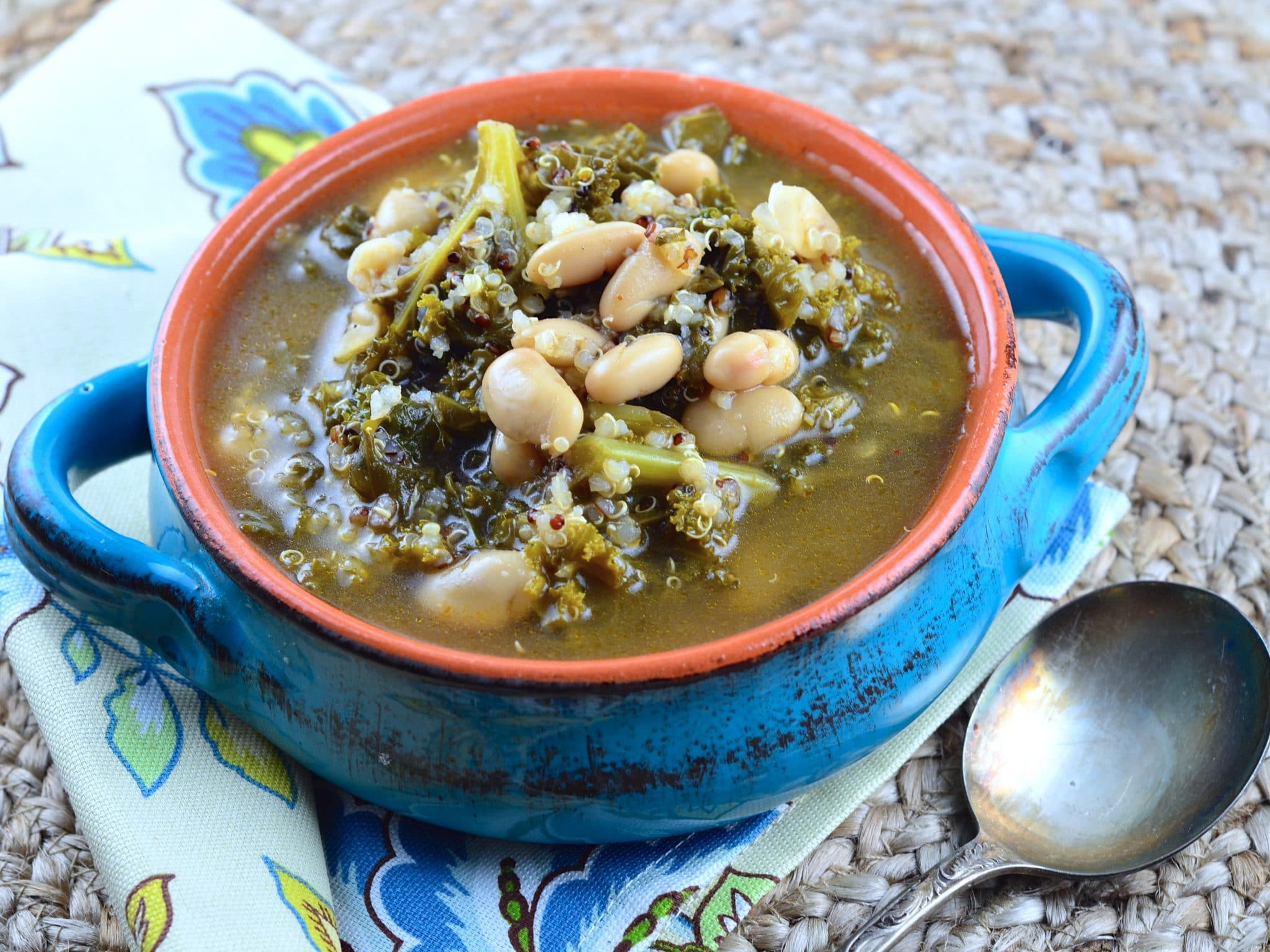 Meatless Monday – Kale & Cannellini Bean Soup