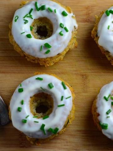 donuts, savory, vegan, tarragon, basil, garlic, thanksgiving, hanukkah, chanukah, thanksgivukkah, vegetarian, kosher,