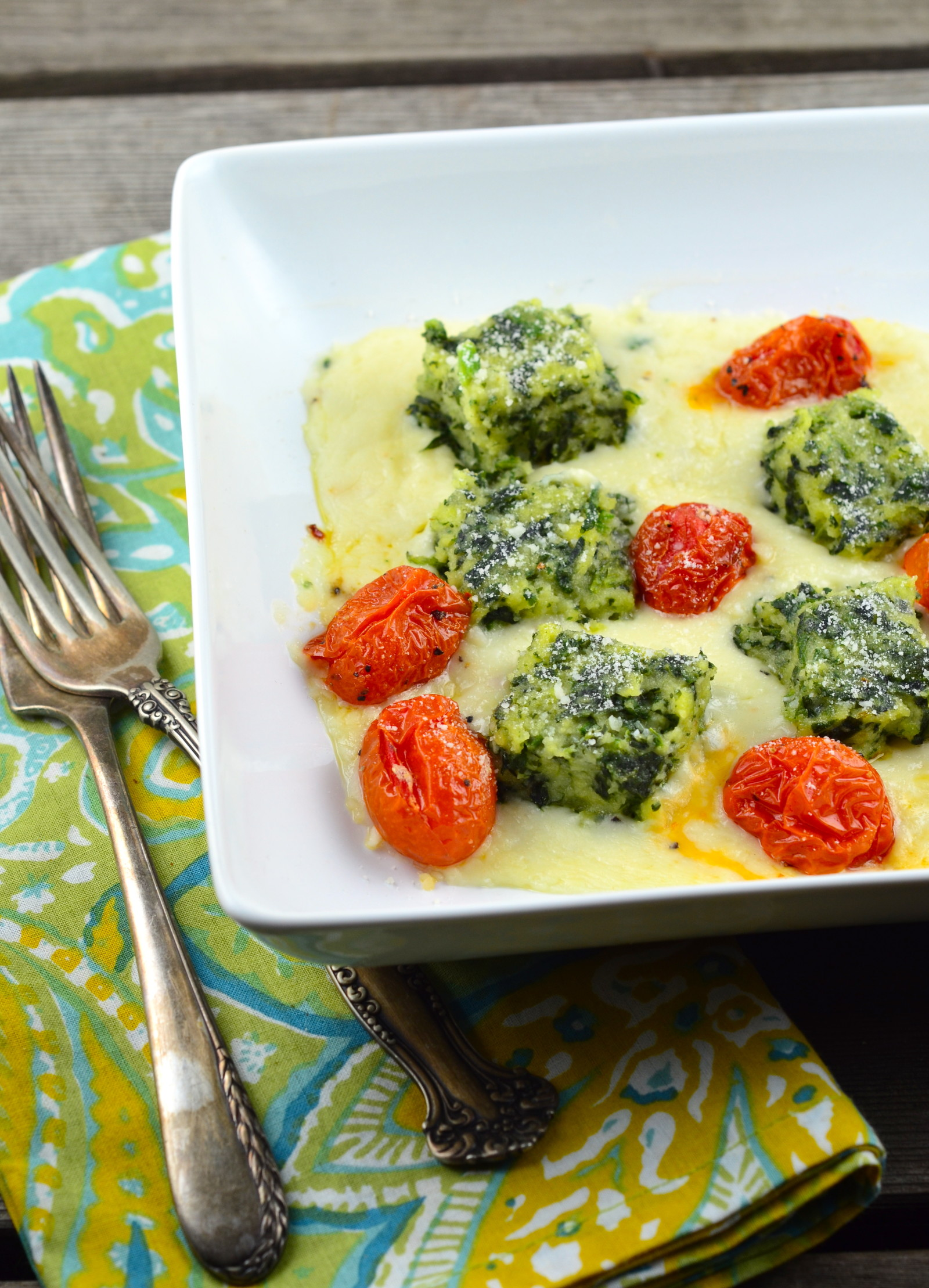 Baked Spinach Gnocchi With Three Tomatoes Recipe — Dishmaps