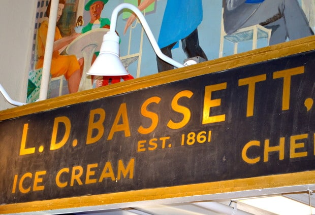 Reading Terminal Market #Philadelphia #Bassets #IceCream #MyHomeTownGuide