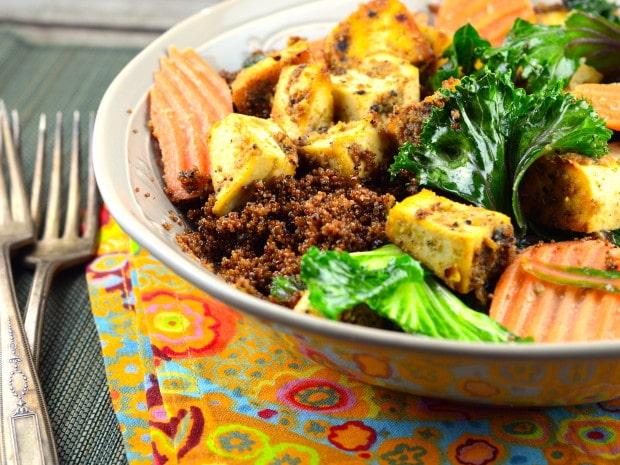 Kañiwa, Swiss Chard & Tofu Bowll #vegan #vegetarian #cleaneating #Tofu #Kañiwa