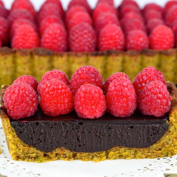 Chocolate Raspberry Tart #Chocolate #raspberry #tart #vegan # ...