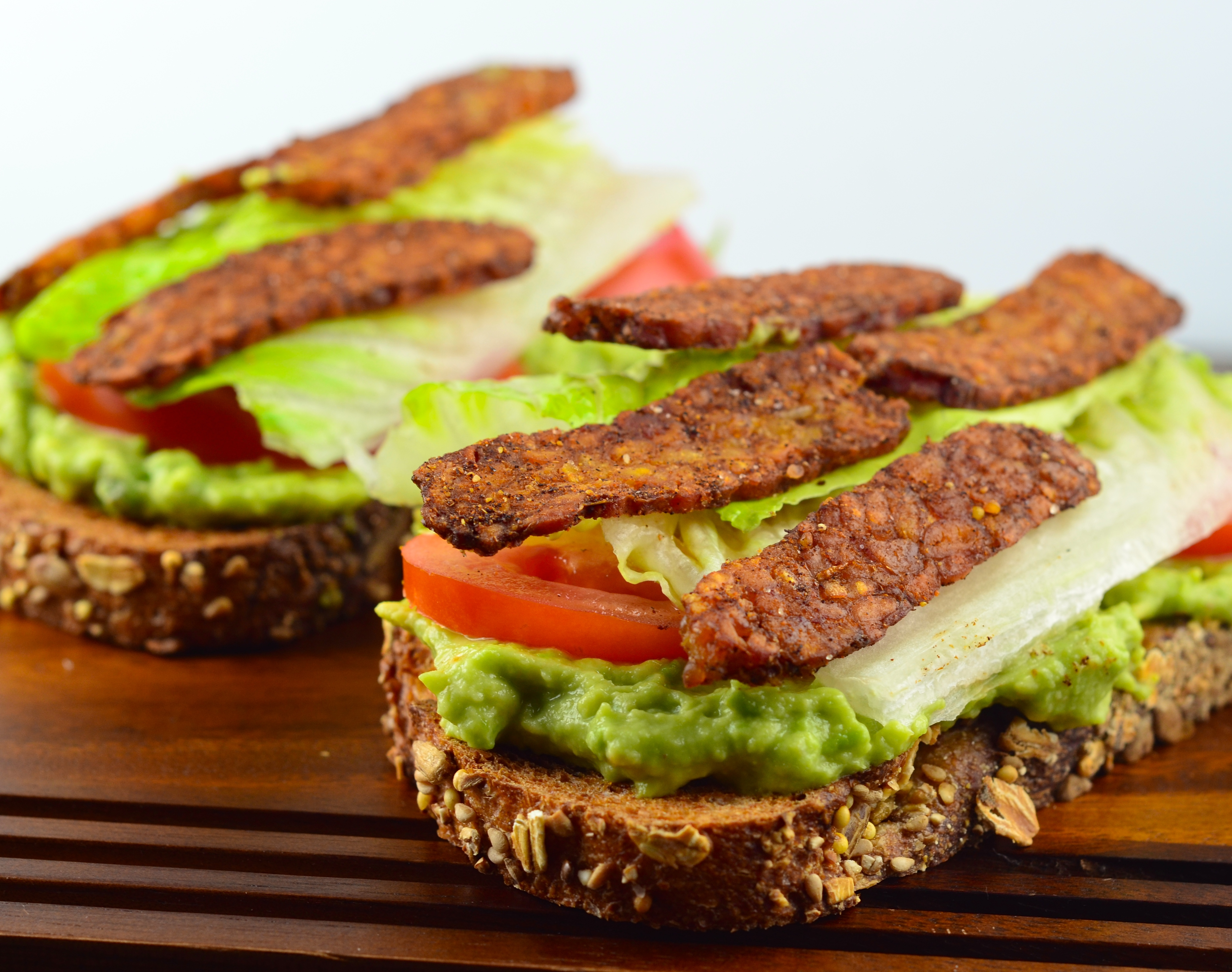 Vegan Avocado BLT - #sandwich #BLT #Vegan #kosher #avocado #tomato # ...
