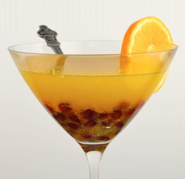 Arak Citrustini #vegan #vegetarian #Thanksgiving #drink #Arak #martini #Kosher #parve #fruit