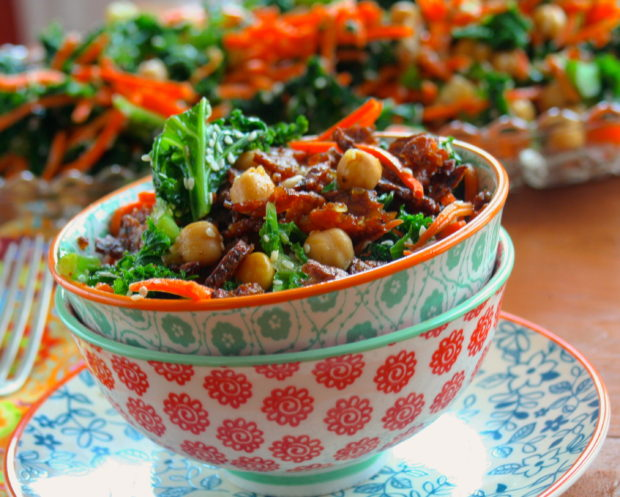 Kale Salad with Tempeh Bits - #vegan #salad #Kale #thanksgiving #Starter #chickpeas #tempeh #memorialDay #bbq #4thofjuly