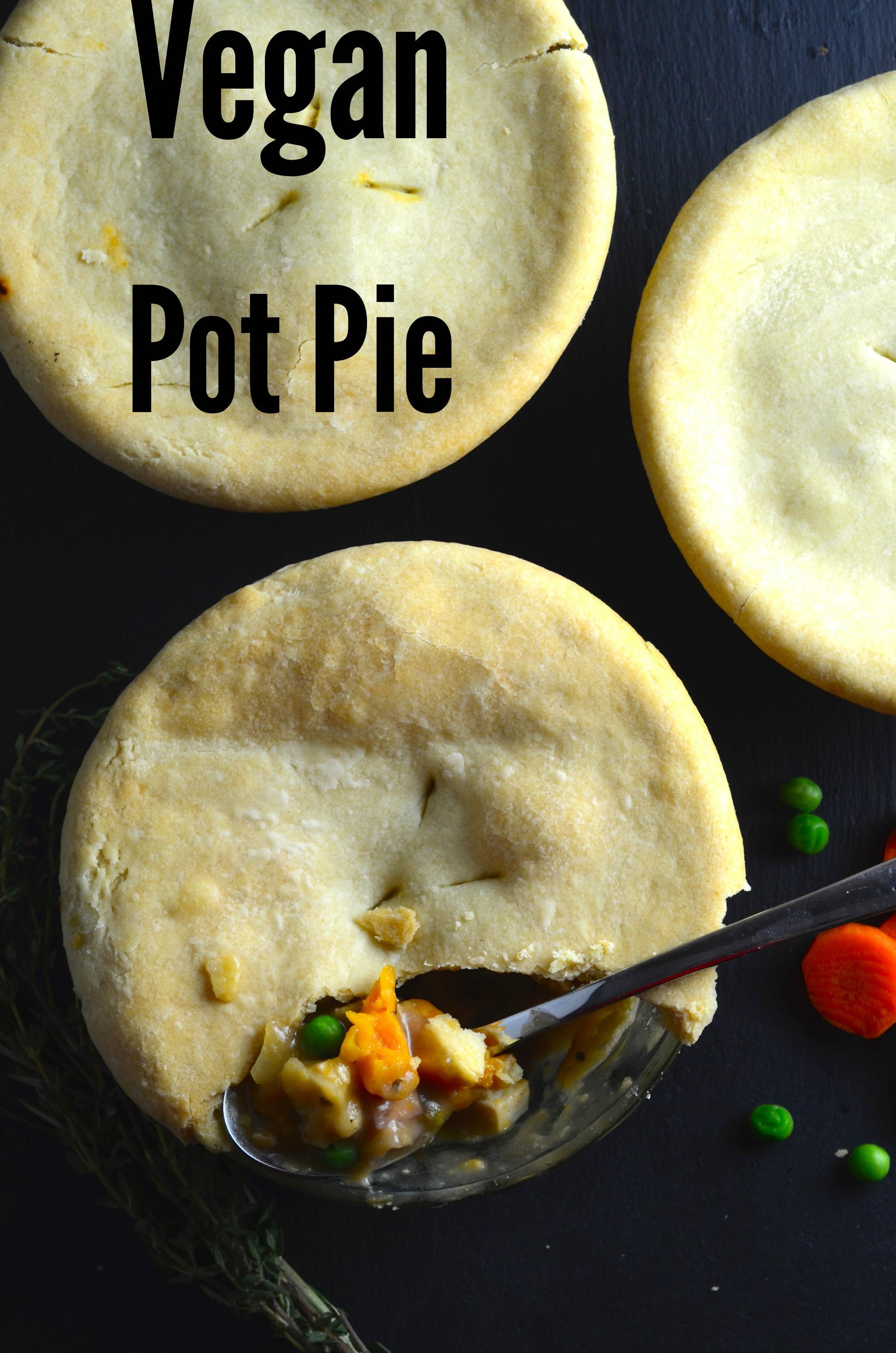Vegan Pot Pie - e Easy & Quick Vegan pot pies with rainbow carrots and ...