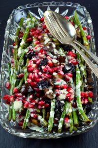 green beans with chestnuts and pomegranates #vegetables #healthy #greenBeans #pomegranates #chestnuts #Side #vegetarian #vegan #tahini