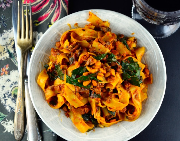 Mushroom Ragu & Swiss Chard Tagliatelle - Delicious vegan entree #vegan #vegetarian #entree #mushrooms #pasta #swiss chard