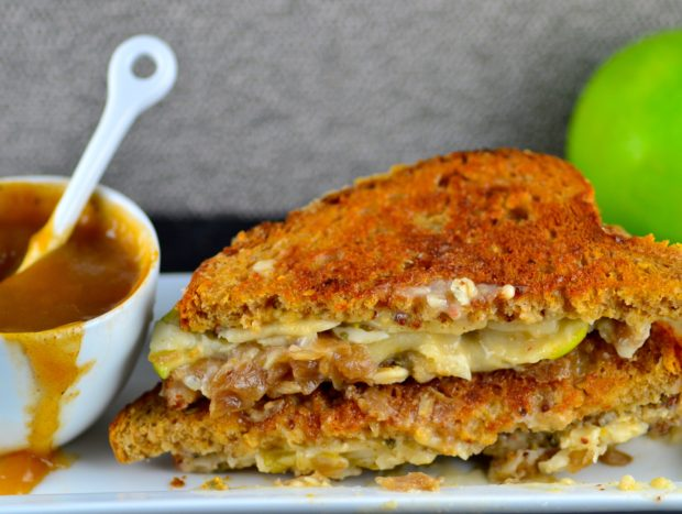 Vegans can also indulge on a luscious grilled cheese. This one has caramelized onions, apples and a beer dipping sauce. Enjoy! #vegan #grilledCheese #GOVeggie #apples #beer @GoVEggieFoods