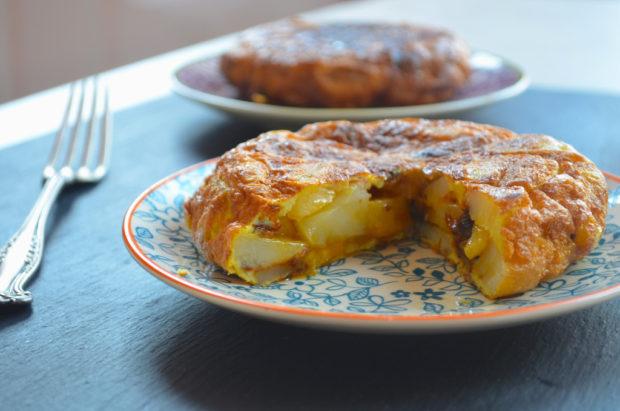 tortilla de patatas - potato and onion frittata #passiover #vegetarian #passover #Spain #tapas #entree #main #side #appetizer