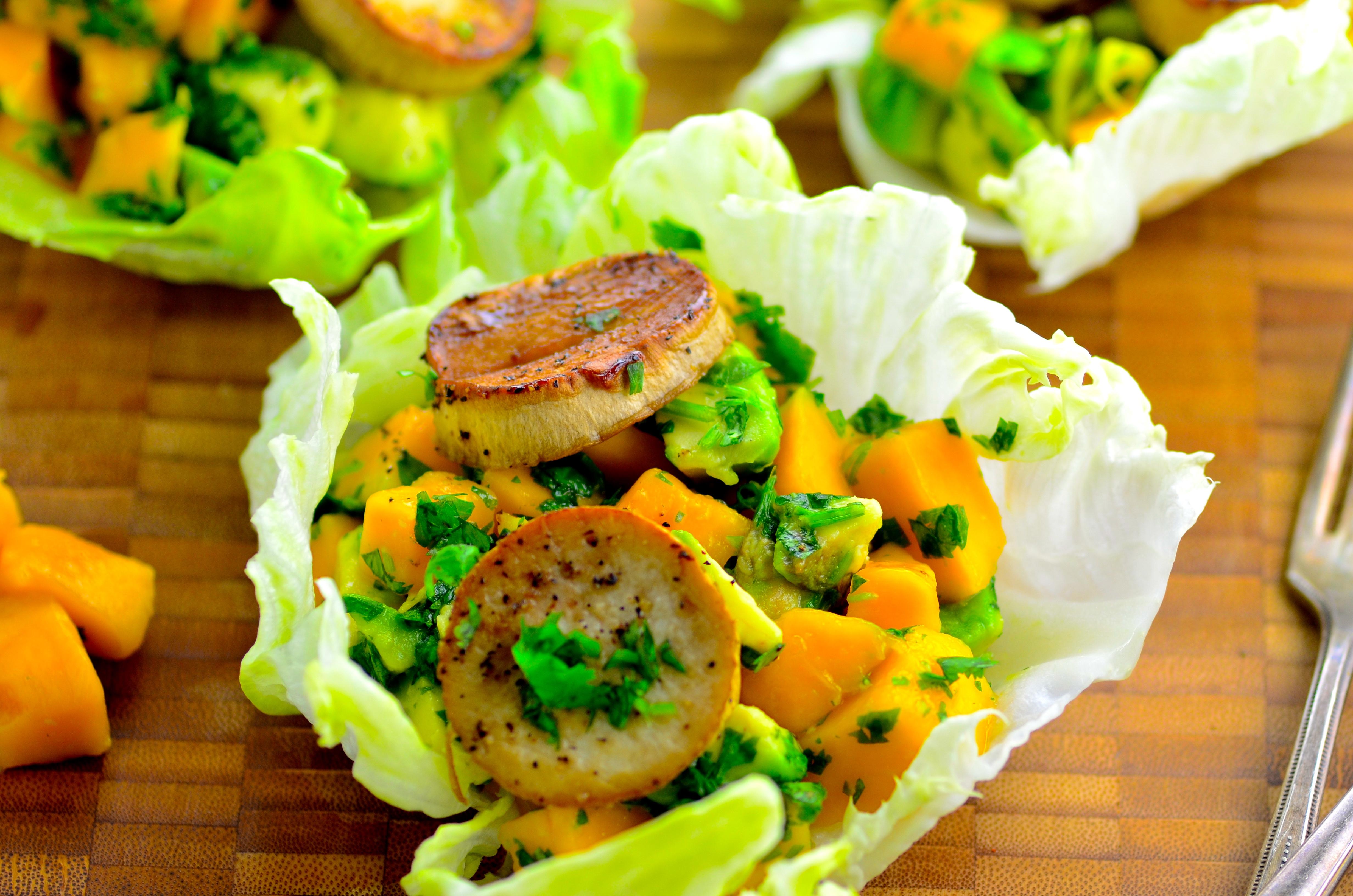 King Oyster Mushroom & Mango Avocado Salsa Cups