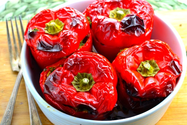 Freekeh and lentil Stuffed peppers - Tasty main dish to satisfy your vegan, vegetarian guests as well as your meat eating ones.