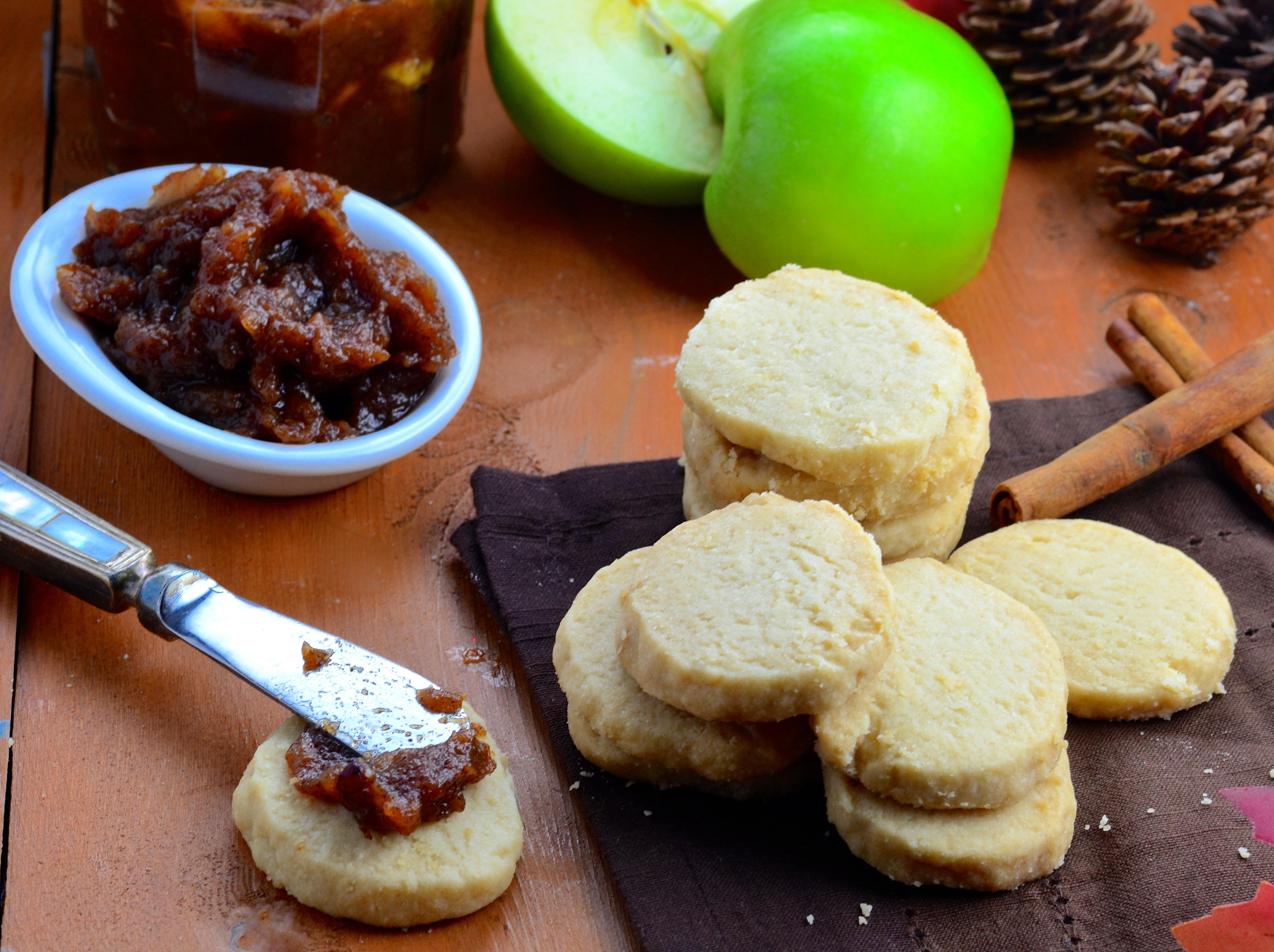 Vegan Shortbread & Spiced Apple Butter