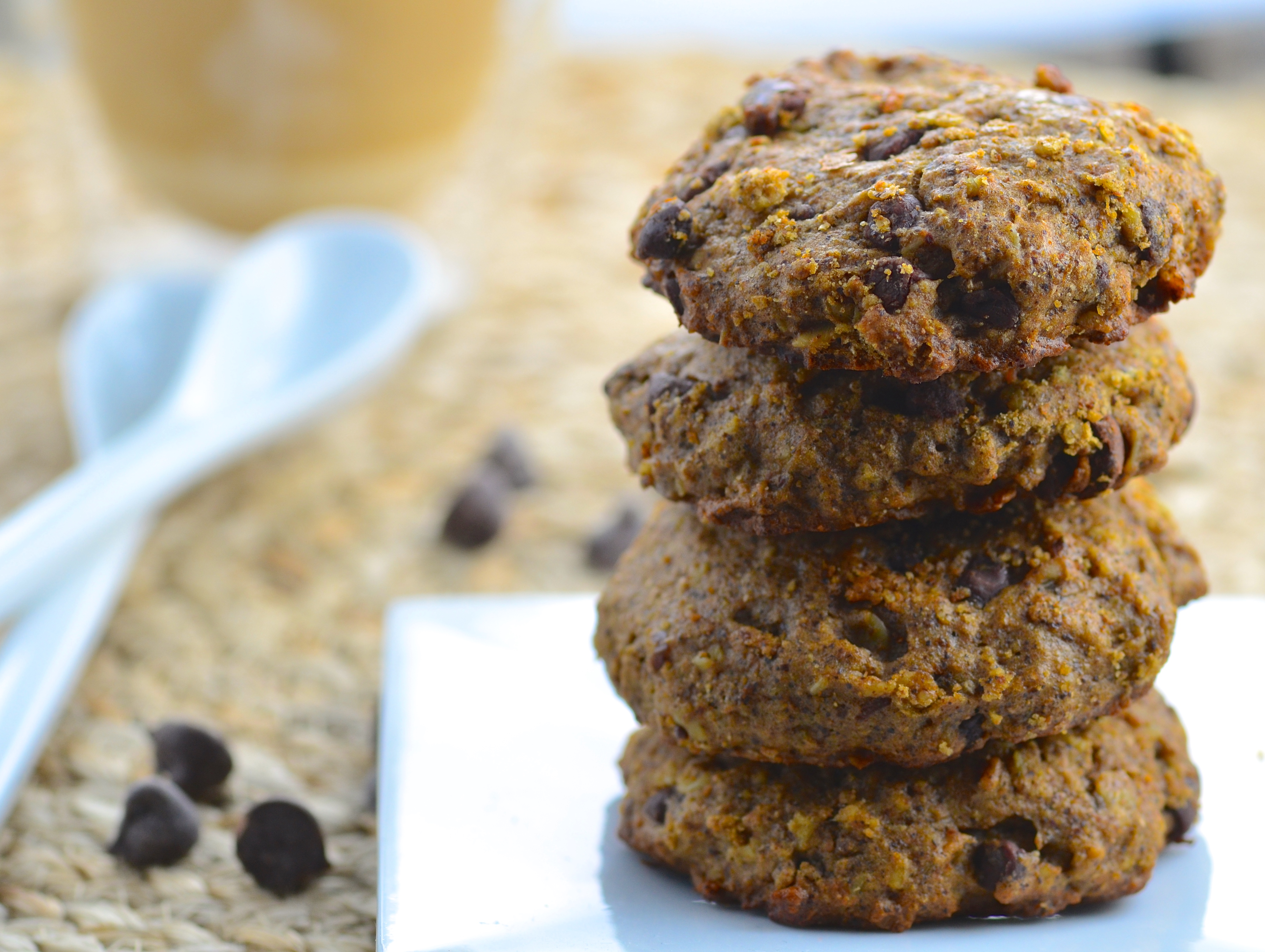Chocolate chip hemp protein cookies