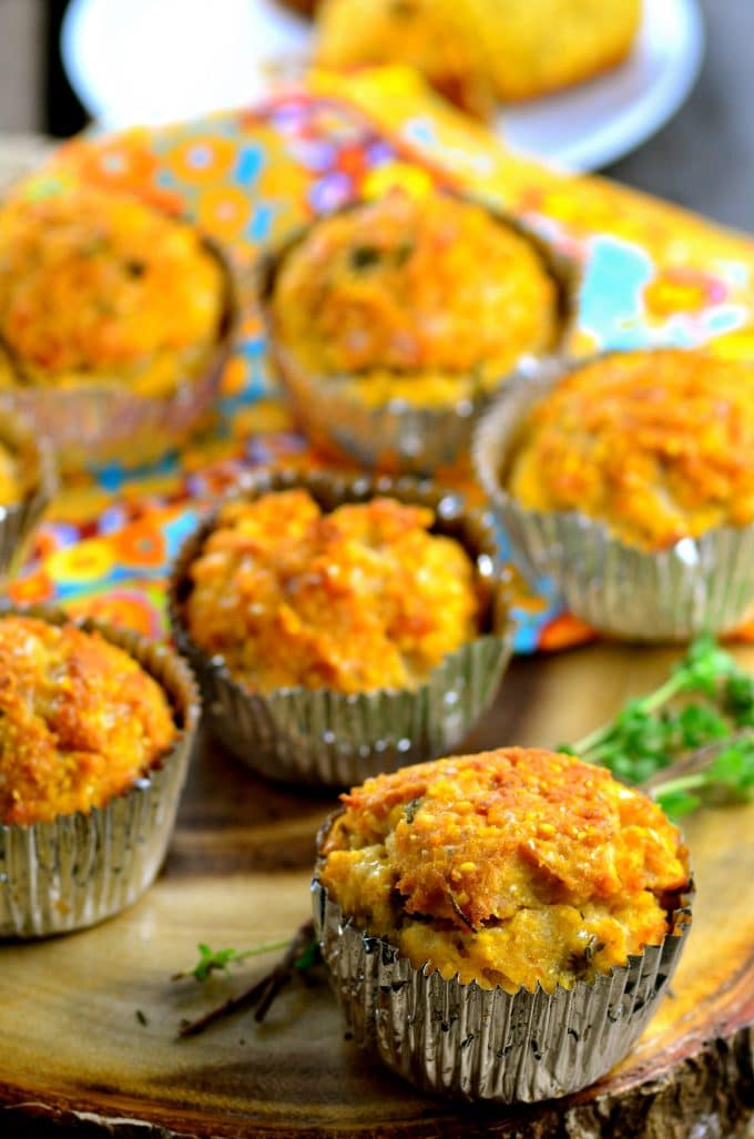 Cheesy Vegan Corn Muffins