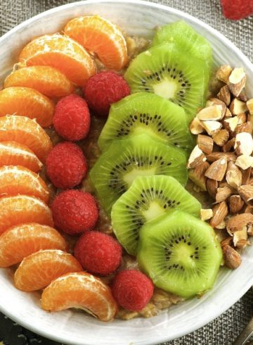 Power C Oatmeal & Fruit Bowl