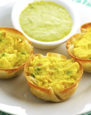Spiced Potato Cups With Cilantro Sauce
