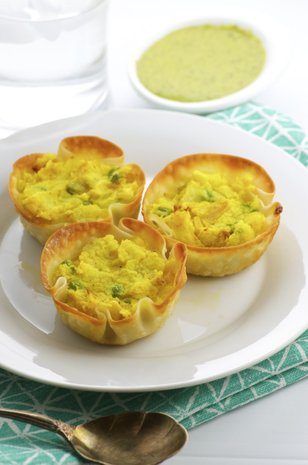 spiced potato cups are easy to prepare, loaded with flavor and nutrients too. Turmeric, cumin, ginger and black pepper give this appetizer an exotic flavor.