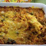 Quinoa, balck beans, corn and vegan cheese make this quinoa bake irresistible.