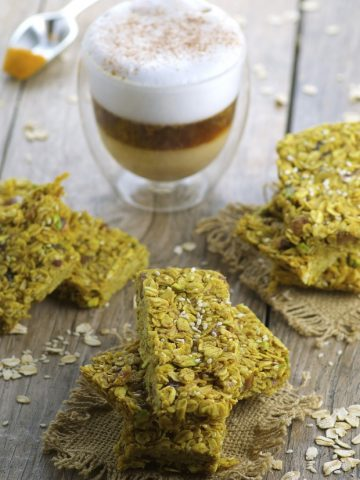 Turmeric Tahini nut and seed granola bars - Perfectly spiced and naturally sweetened