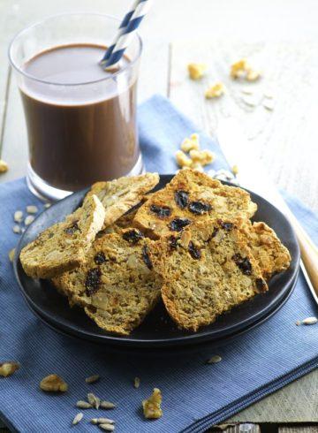 Dried Fruit & Nut Crackers (Vegan)