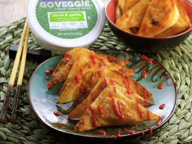 Vegan Crab Rangoon. Creamy, Sweet and slightly spicy. Great Appetizer.