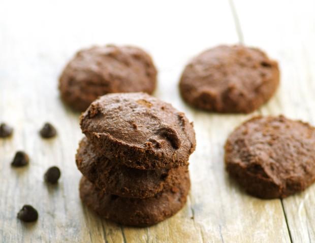 Vegan Flourless Chocolate Cookies