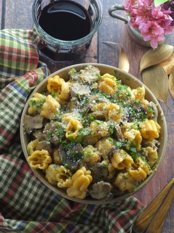 Vegetarian Mushroom and Sausage Pasta, a delicious and filling vegetarian dinner
