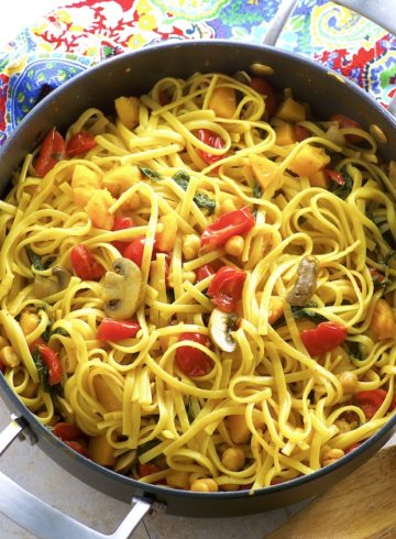 One Pot Chickpea And Butternut Squash Pasta