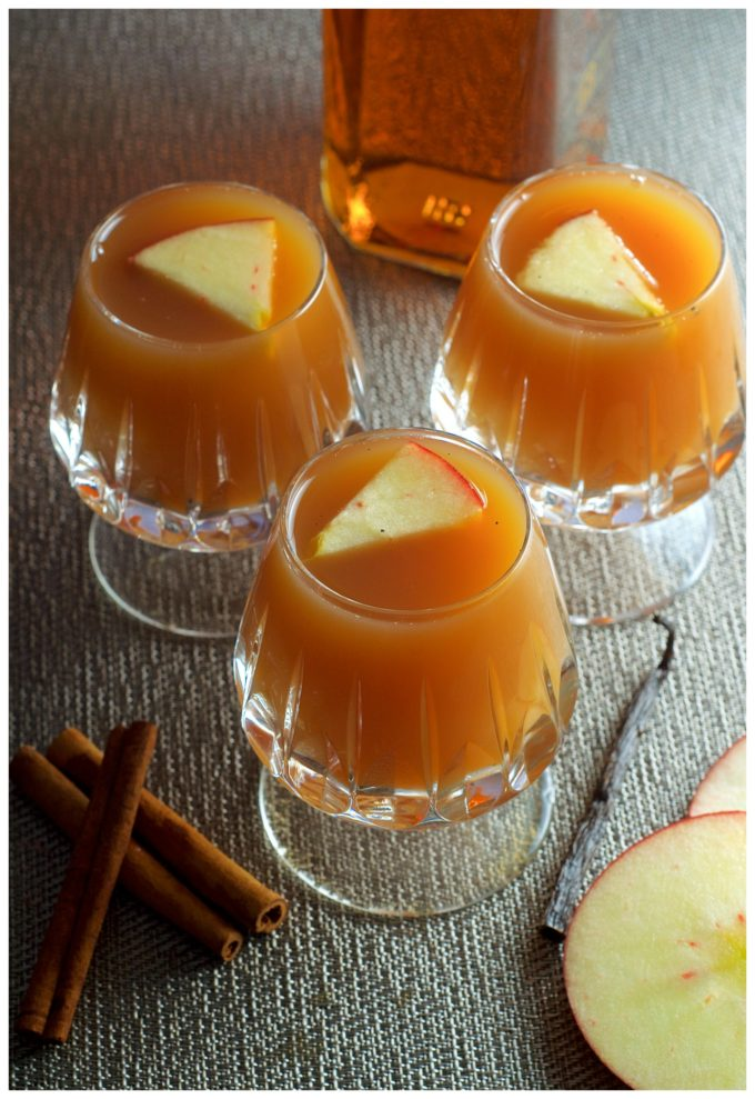 Warm up this winter season with this Apple Cider Hot Toddy. Sweet, smokey and delicious!
