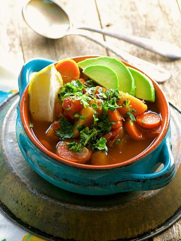 Slow Cooker Light Mexican No Chicken Soup - Filling, warm and Satifying
