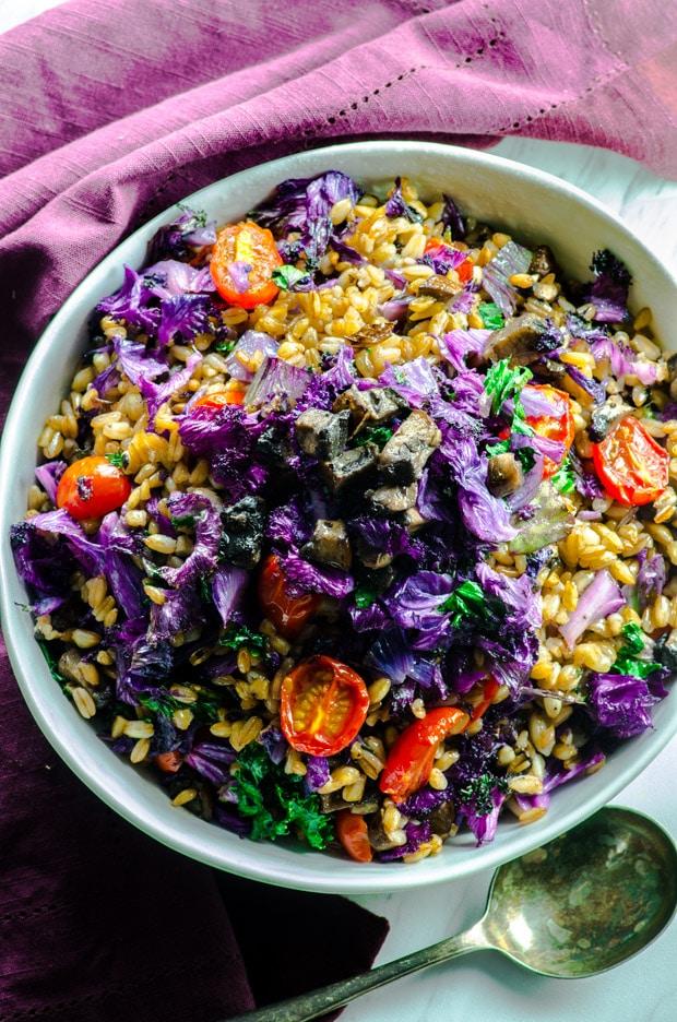 Purple Kale Farro Bowl - Super healthy vegetables, filling whole grain farro make a delicious vegetarian and vegan main dish.