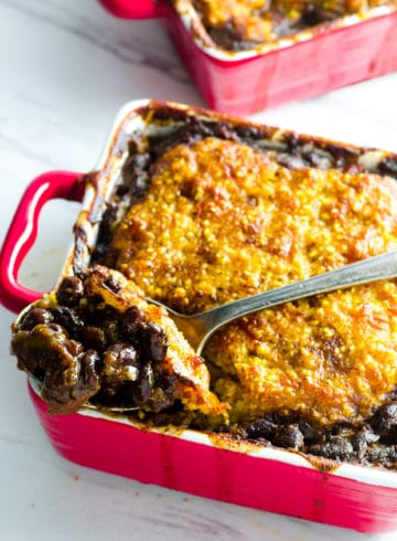 Cheesy Corn Bread Crusted Black Bean Vegetarian Chili