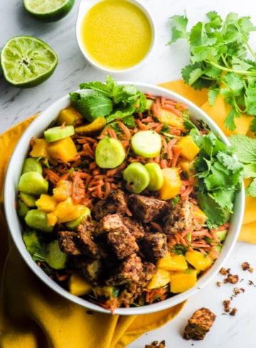 Jamaican Jerk Tempeh Mango Bowl