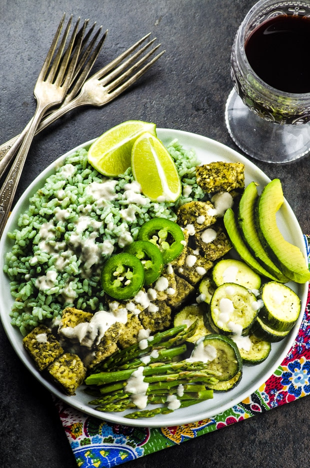 This Bamboo Rice And Za'atar Tempeh Spring Bowl is a colorful and flavor packed way to spice up your Meatless Monday!