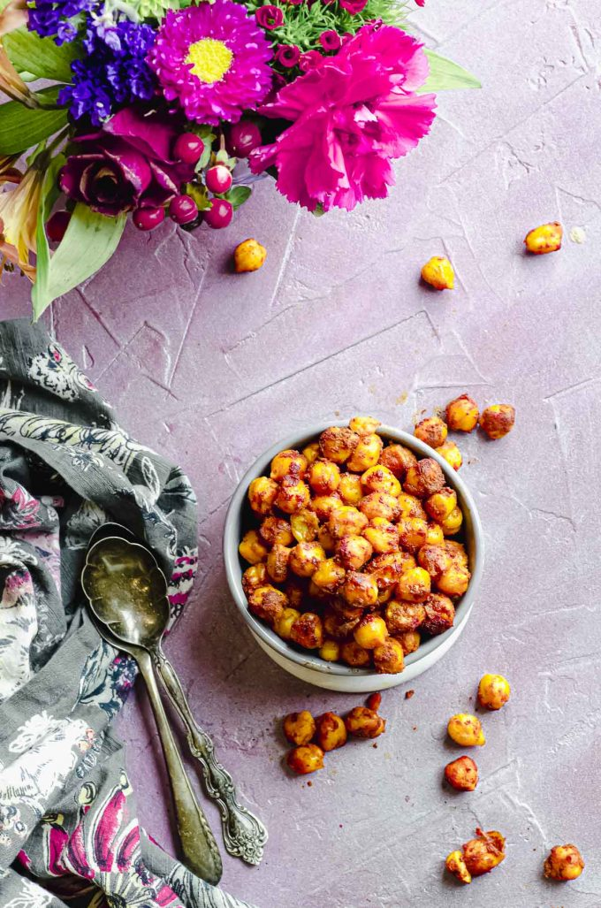Overhead view of a grey bowl filled with moroccan spiced chickpeas