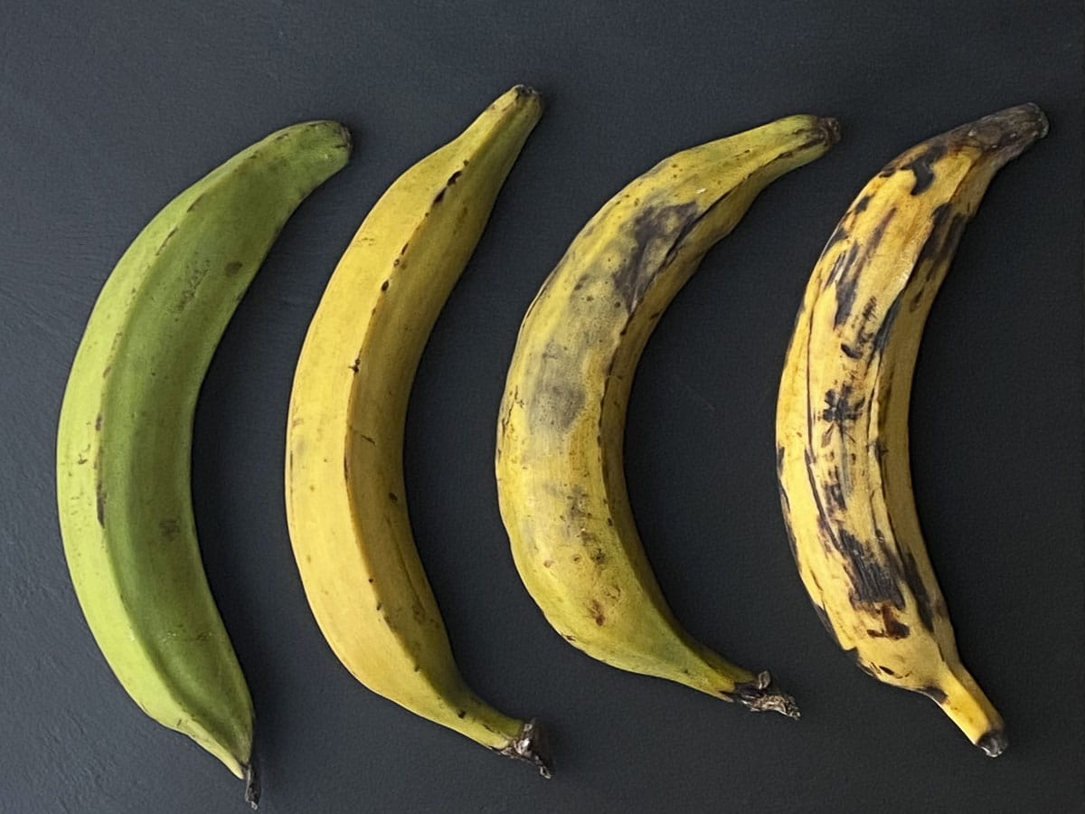 4 different plantains from green to really ripe